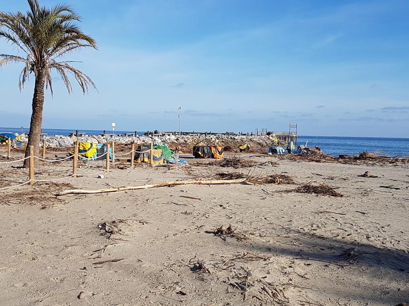 Progetto di Anello Verde sul   territorio Ligure: pulizia   dei litorali, dei letti dei  fiumi e dei sentieri